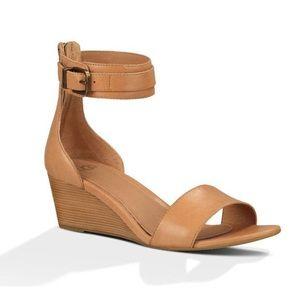 UGG Suntan Char Wedge Leather Sandal Tan W's 6.5